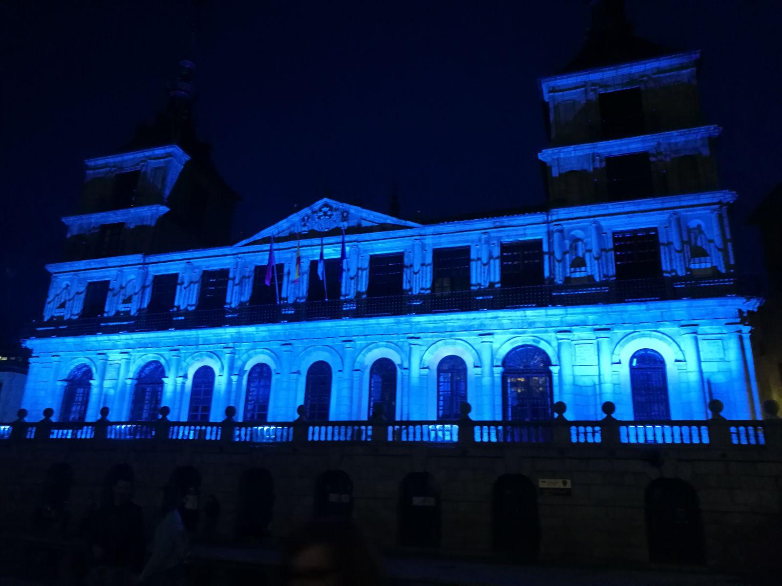 Ayuntamiento de Toledo Iluminado de Azul